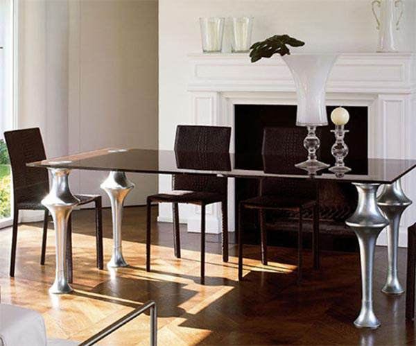 Artu Dining Table