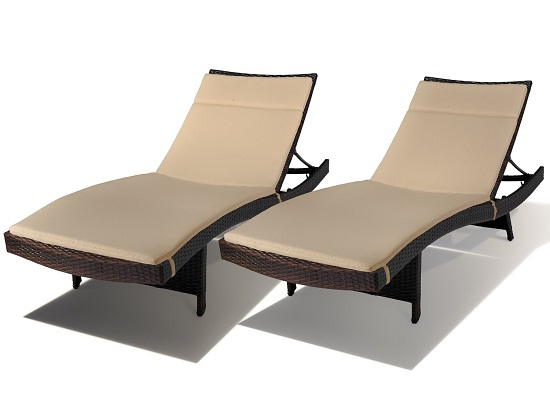 Lakeport Outdoor Brown Wicker Chaise Lounge with Cushion