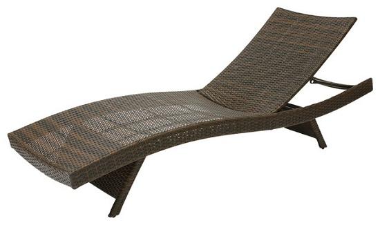 Modern Wicker Outdoor Lounge