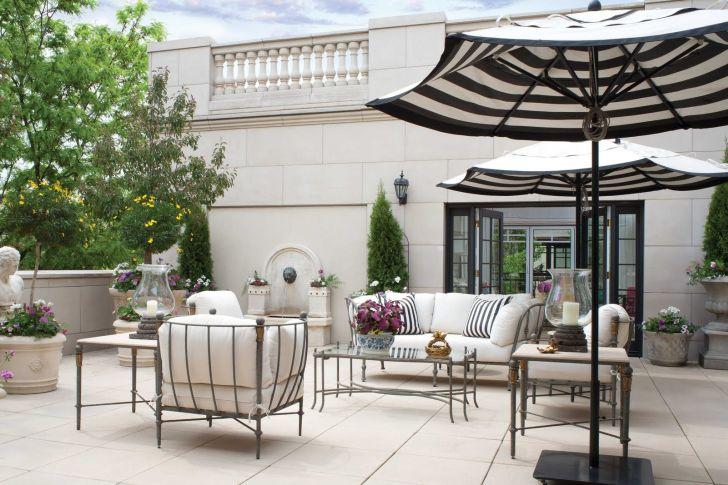 Enjoyable Outdoor Design with Umbrela
