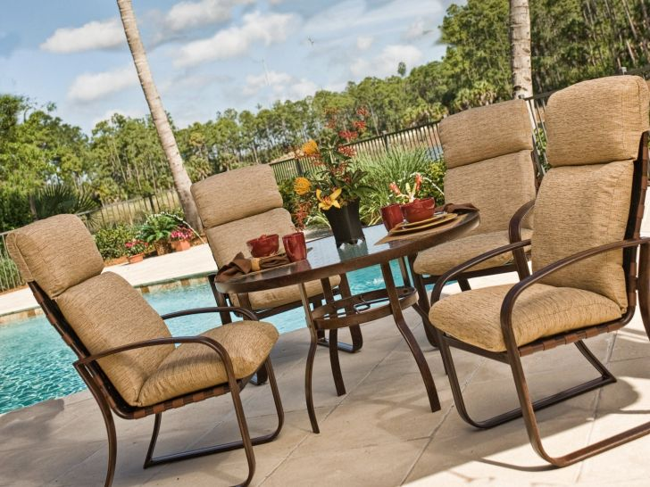 Woodard Patio Dining Set Cayman Isle Aluminum with Cushion