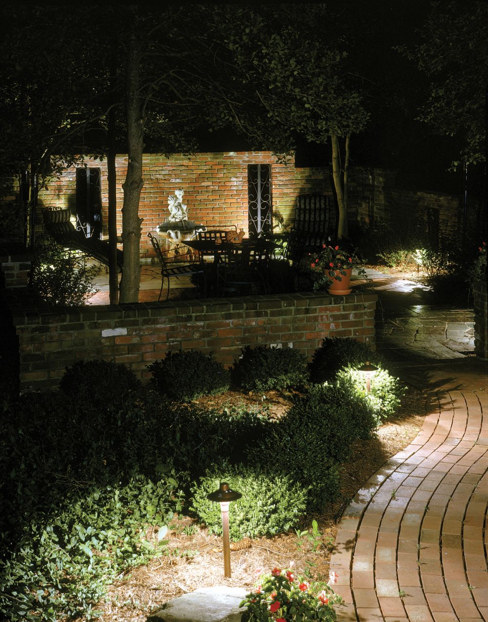 awsome look outdoor coach light in the garden brings comfort and calm atmosphere