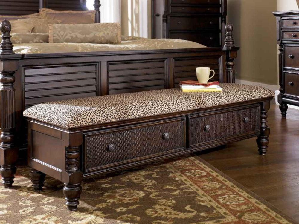 oversized extensive storage bench with leopard skin pattern pad dashing storage bench for bedroom that giving compact outlook and new nuance