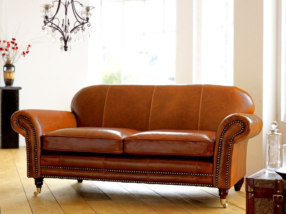 Tough Snazzy Distressed Leather based Couch Coming With
