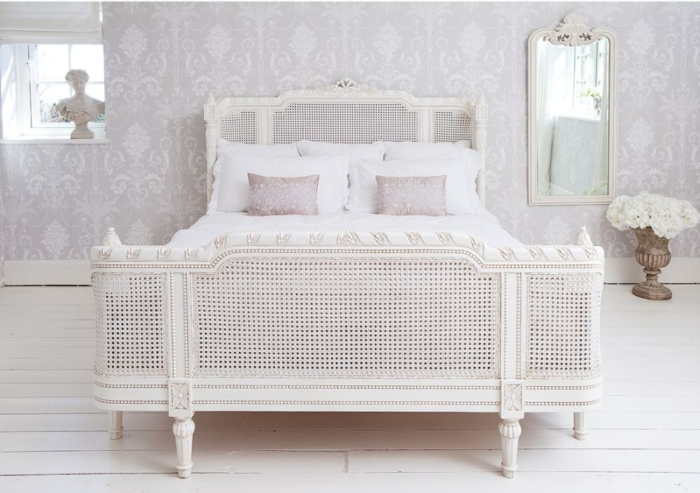 White wicker bedroom furniture made by dixie White wicker bedroom furniture