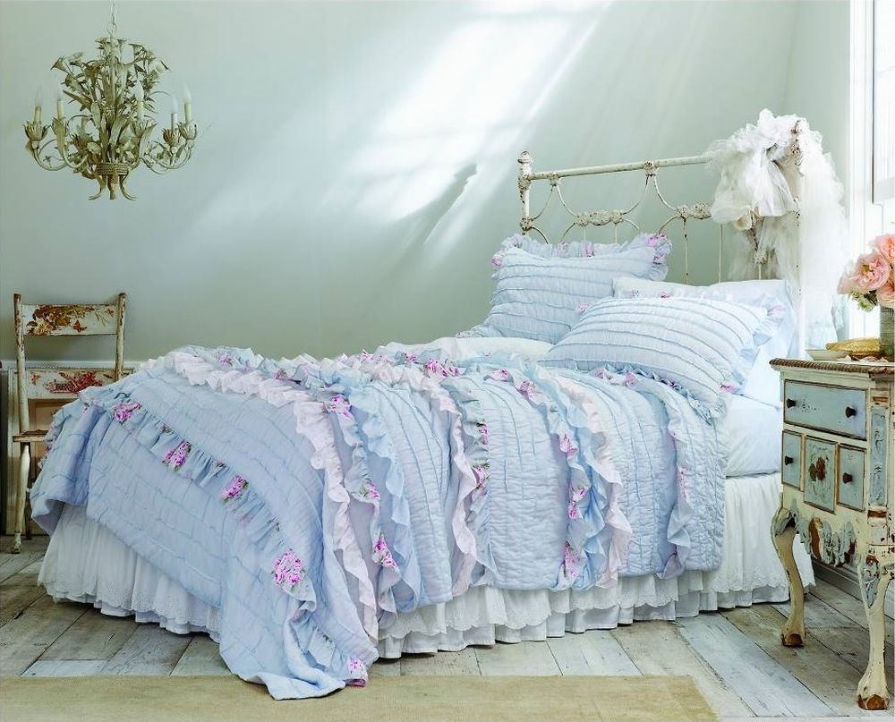 pintuck ruffle quilt - simply shabby chic target shabby chic furniture for your bedroom