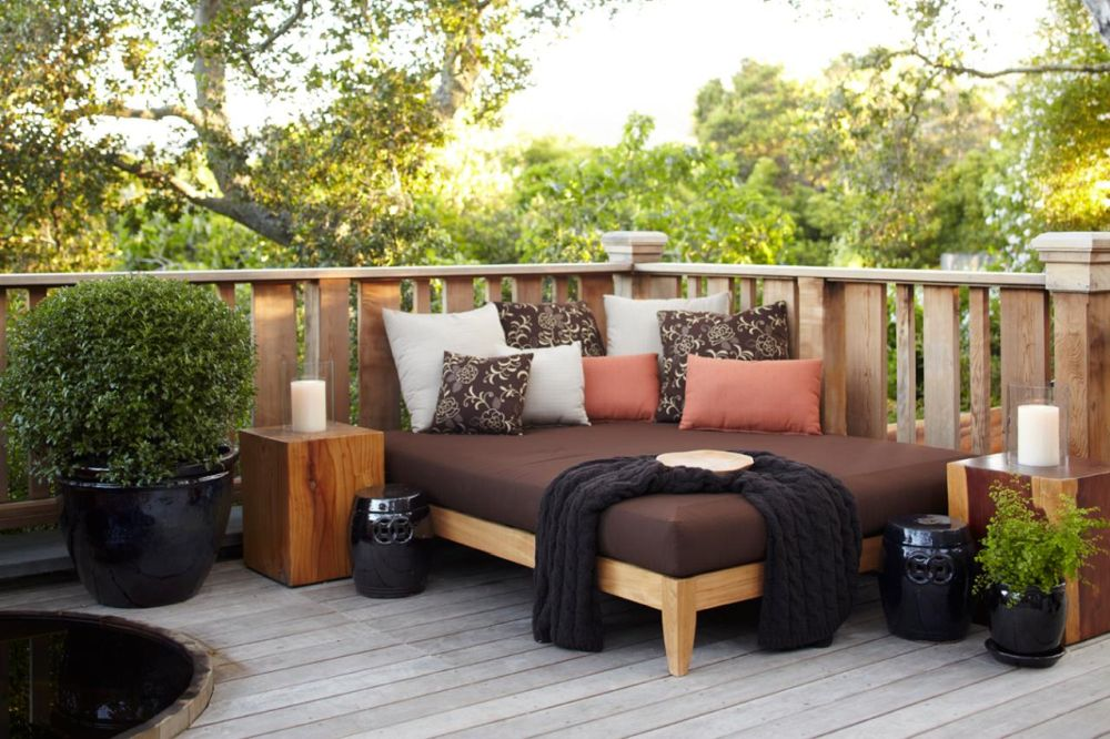 outdoor-deck-daybed-with-cushions-outdoor-daybed-cushion-buying-guide
