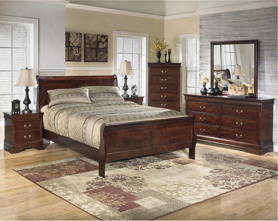 WG&R Bedroom Furniture