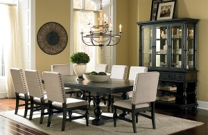 freed's dining furniture