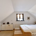 White Wicker Bedroom Furniture Set