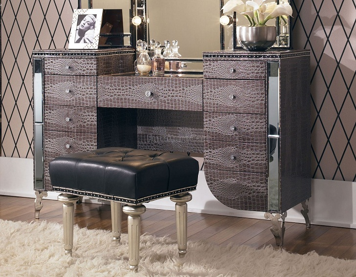 Michael Amini Furniture Clearance