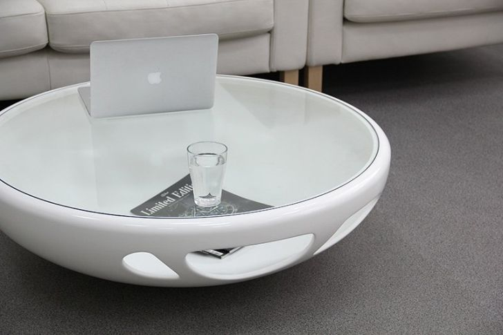 The Pebble Table