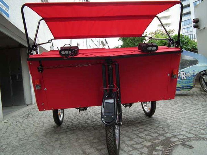 Hybrid Sofa Bike Accommodate the Cycling Enthusiasm