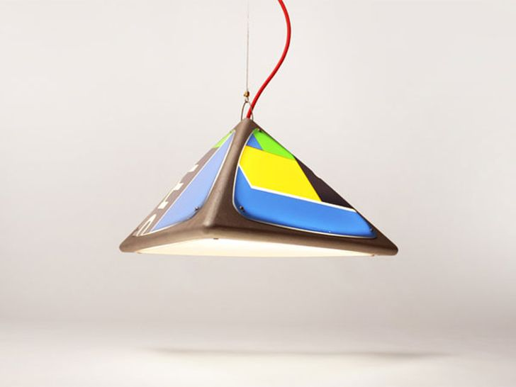 Ledge Hanging Lamp