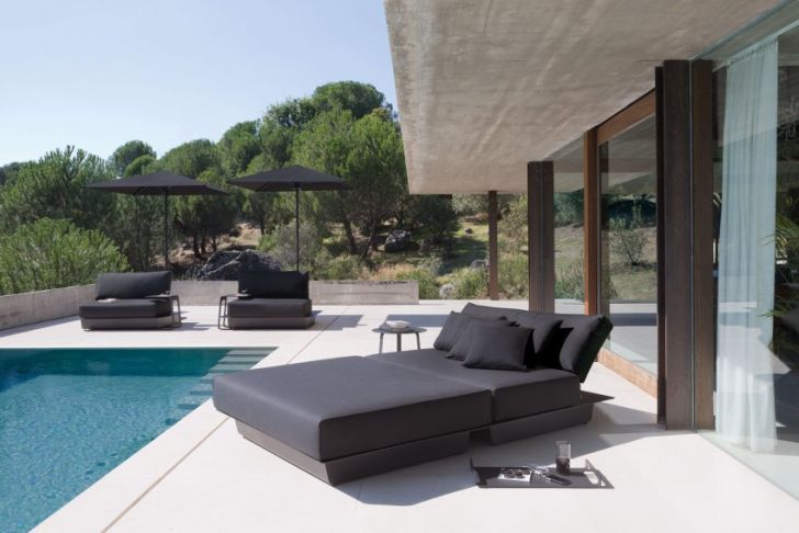 The Air Outdoor Sofa Collection