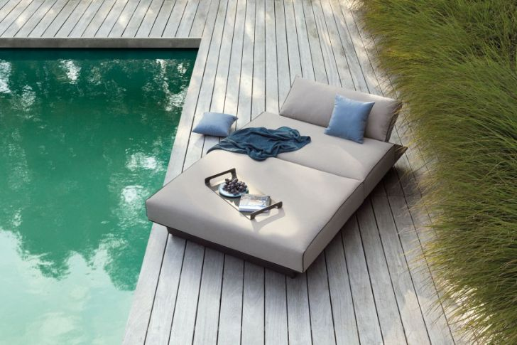 The Air Outdoor Sofa Collection