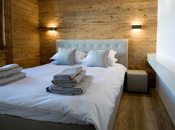 30 Wood Walls Inspirations Walls of Wood in the Bedroom with White Bed and Night Stand-White Pillow-Grey Cushion also Decorative Wall lamp