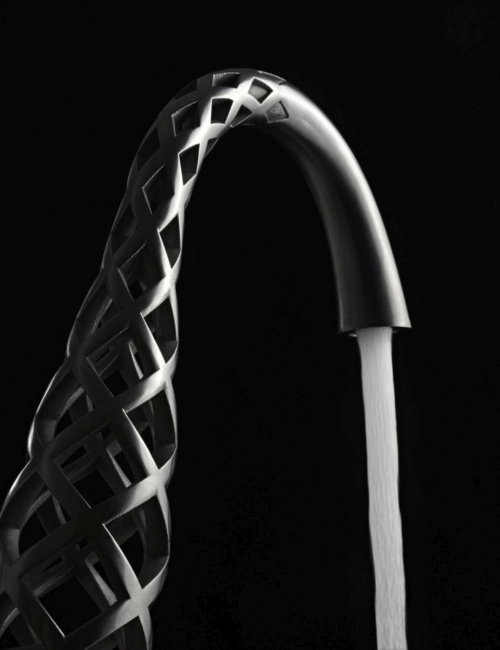 3d-printed-faucet-3D-faucets-from-DVX-with-four-thin-section-of-waterway-by-American-Standard