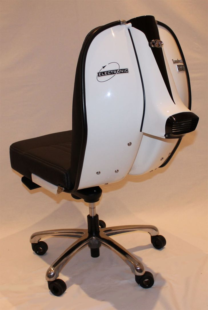 Lambretta Chair GP200 Electronic Series White Swivel Chair