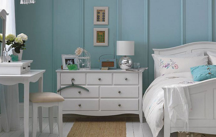 Decorate Small Bedroom Vintage Bedroom Decoration with White Nighstand and Decorative Table Lamp and also White Bedroom Furnishings