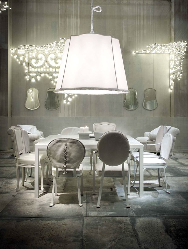 White Living Room Furniture White Wooden Dining Set Furniture with Decorative Mirror and White Pendant Lamp