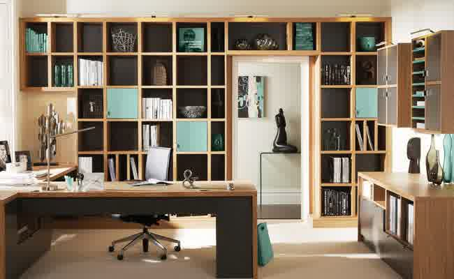 modern home office furniture-comfortable-office-space-wall-mounted-bookshelf-decorative-statue-wooden-desk