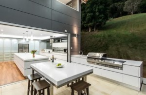 outdoor kitchen design-modern-outdoor-kitchen-patio-wooden-dining-table-sets