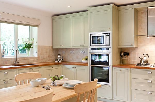 shaker-style-furniture-wooden-dining-table-sets-with-shaker-style-kitchen-cabinet-and-microwave-oven-als-wall-mount-cabinet