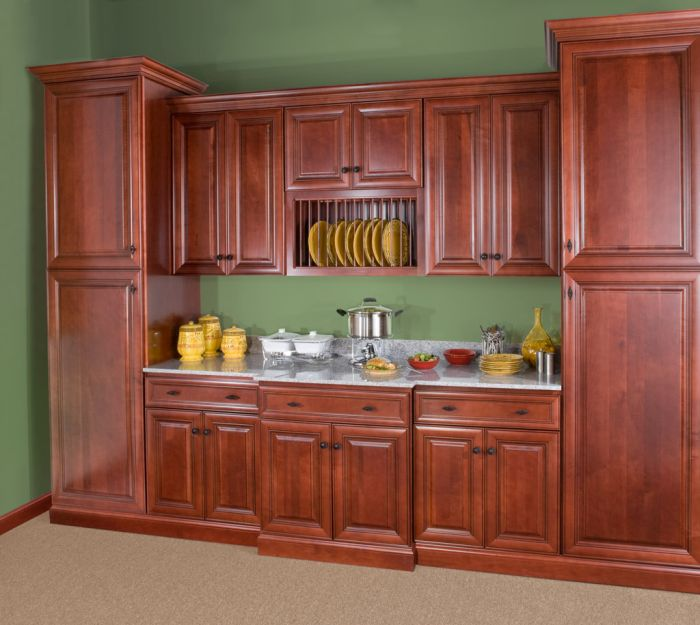 wolf-classic-cabinets-hudson-in-crimson-with-chocolate-glaze-kitchen-cabinet