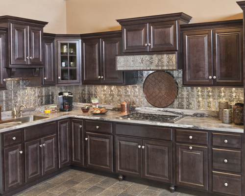 wolf-classic-cabinets-saginaw-in-dark-sable-kitchen-cabinet