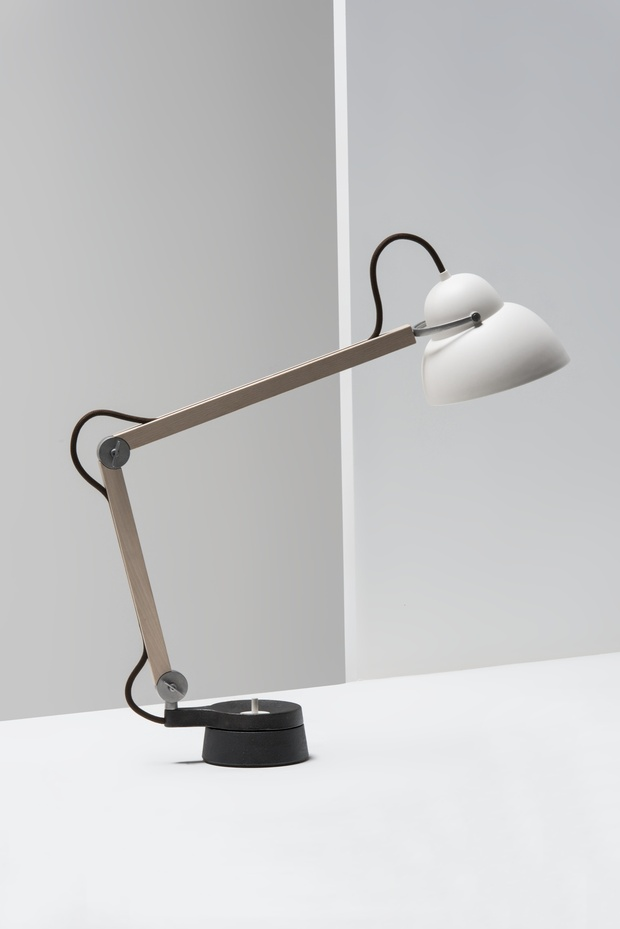 desk-lighting-ideas- studioilse-w084t2-desk-lamp-by-lse-crawford-office