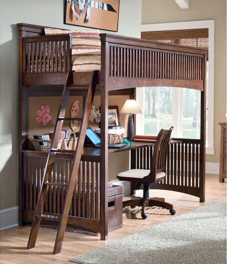 Elegant Bunk Bed and Loft with Wooden Desk for Toddler