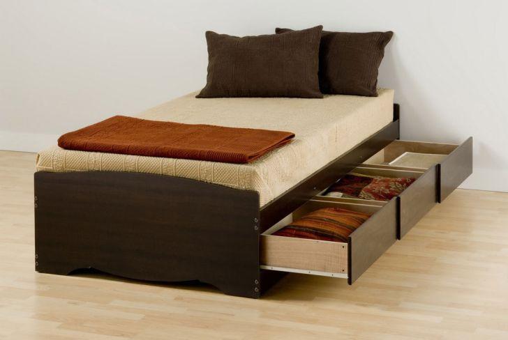 DIY Ideas of Wooden Under Bed Storage Drawers
