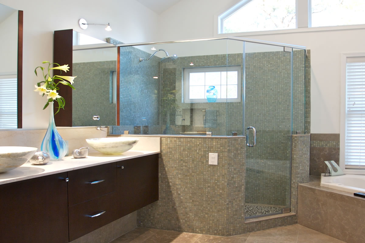beautiful renovated bathroom design with compact floating sinks and dozens of small lights