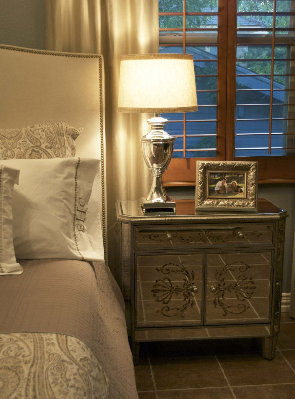 classic bedside table in metal material with ornament plus metal bed lamp outstanding side tables for bedroom design