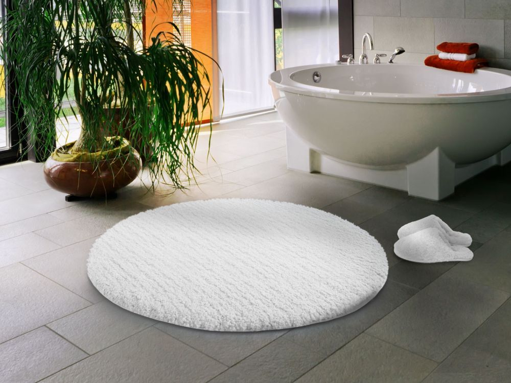 enchanting round white rug from shag type round bathroom rugs