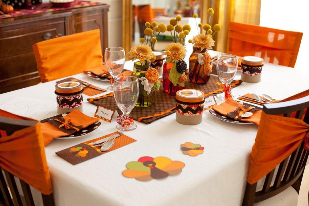 country style thanksgiving table with harvesting theme decoration and two pumpkin accessories thanksgiving table decoration ideas – how to close the fall fashionably