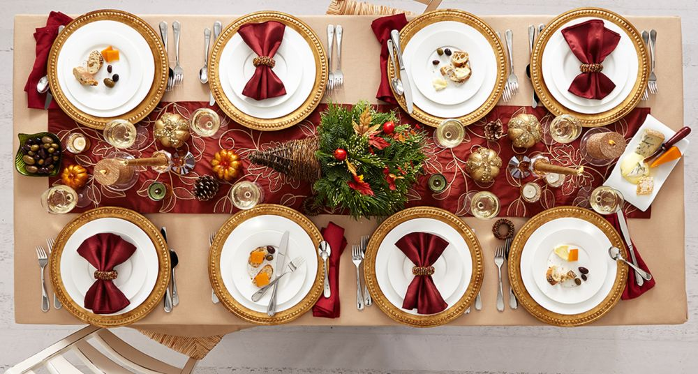 millenial thanksgiving table decoration with red napkins thanksgiving table decoration ideas – how to close the fall fashionably