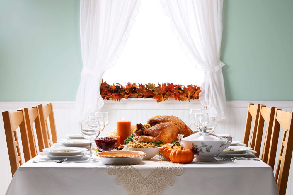 stunning thanksgiving table decoration with white theme decoration and natural light thanksgiving table decoration ideas – how to close the fall fashionably