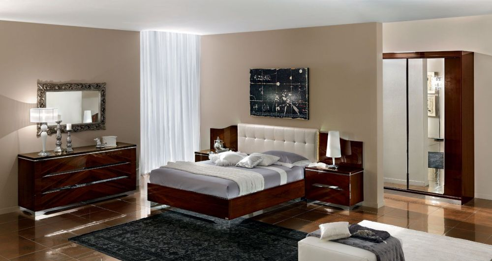 splendid bedroom interior with minimalist layout and simple furnishings splendid and unique bedroom sets ideas