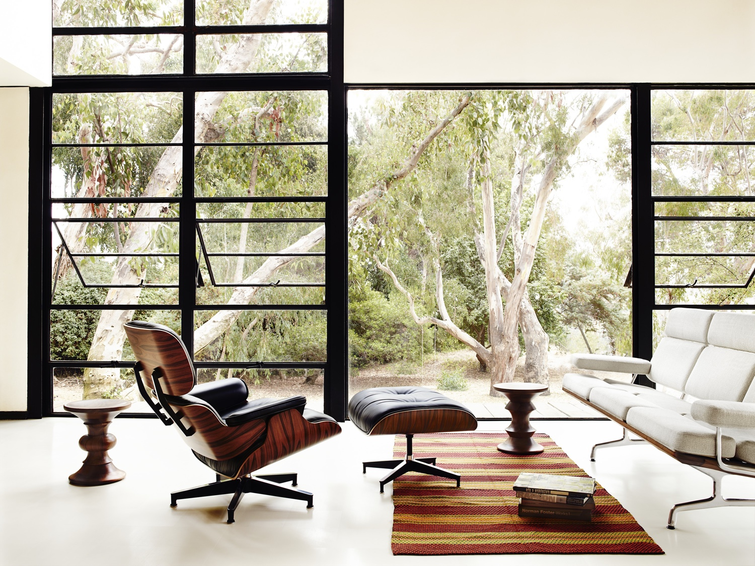 Eames house with eames furniture design ideas the classic design stories of the eames lounge chair and ottoman